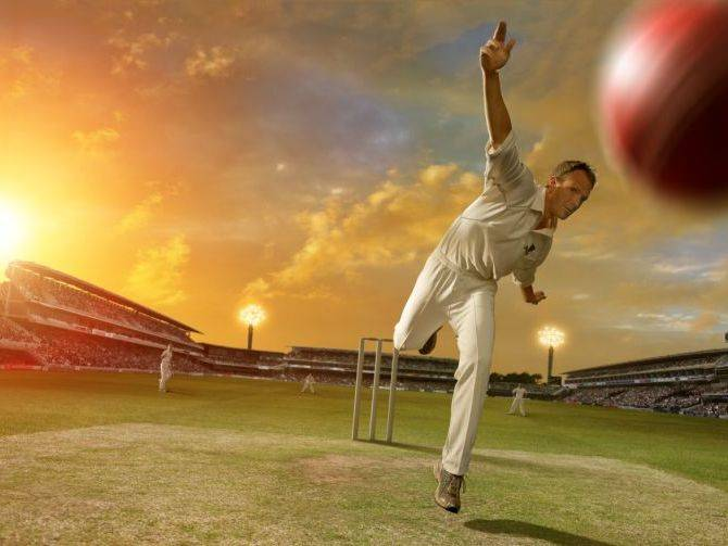 20111012_Pakistan-vs-England-Cricket