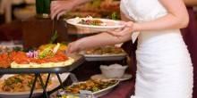 قواعد من إتيكيت الأكل في البوفيه المفتوح