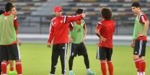 الإتحاد الإماراتي لكرة القدم يتمسك بمهدي علي مدرب المنتخب