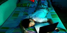 النوم المتأخر ليلًا يسبب البدانة عند المراهق