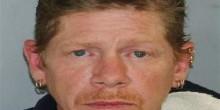 أمريكي أقام مع جثة أمه سبعة أسابيع في فندق بعد قتلها