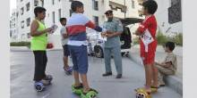 شرطة مرور أبو ظبي تحذر من سوء استعمال الألواح المتحركة