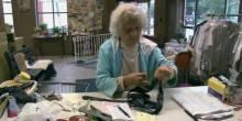 أمريكية بالغة من العمر 100 عام ترفض التوقف عن العمل