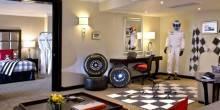 تصاميم مستوحاة من الفورمولا 1 في غرف فندق هيلتون بدبي