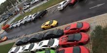 سيارات لامبورغيني تشكل علم الإمارات