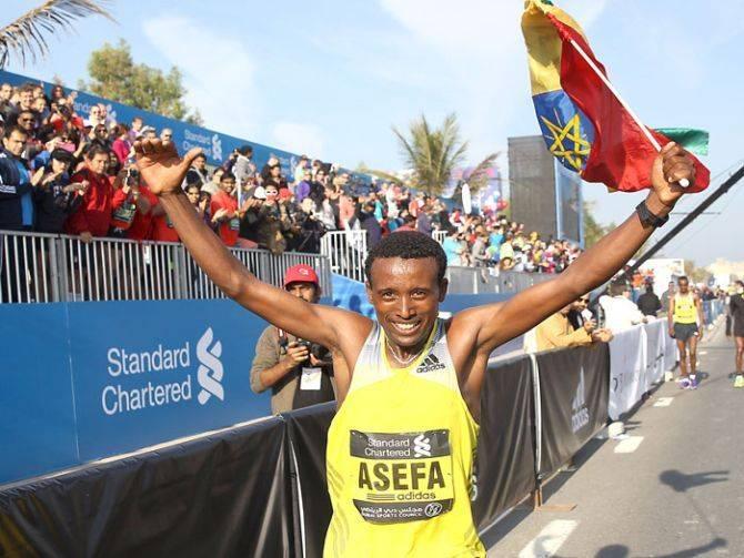 20140616_Standard-Chartered-Dubai-Marathon-2015