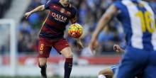 الإصابة تبعد إنييستا عن برشلونة لنهاية العام