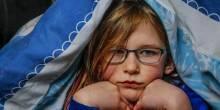 طفلة بريطانية لا تشعر بالألم و الجوع و النعاس