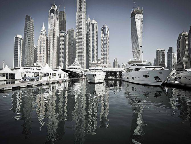 20140107_Dubai-International-Boat-Show-2014-org-2