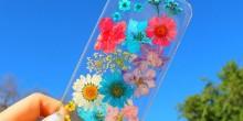 بالصور: أغطية هواتف ذكية تتزين بأزهار ربيع حقيقية