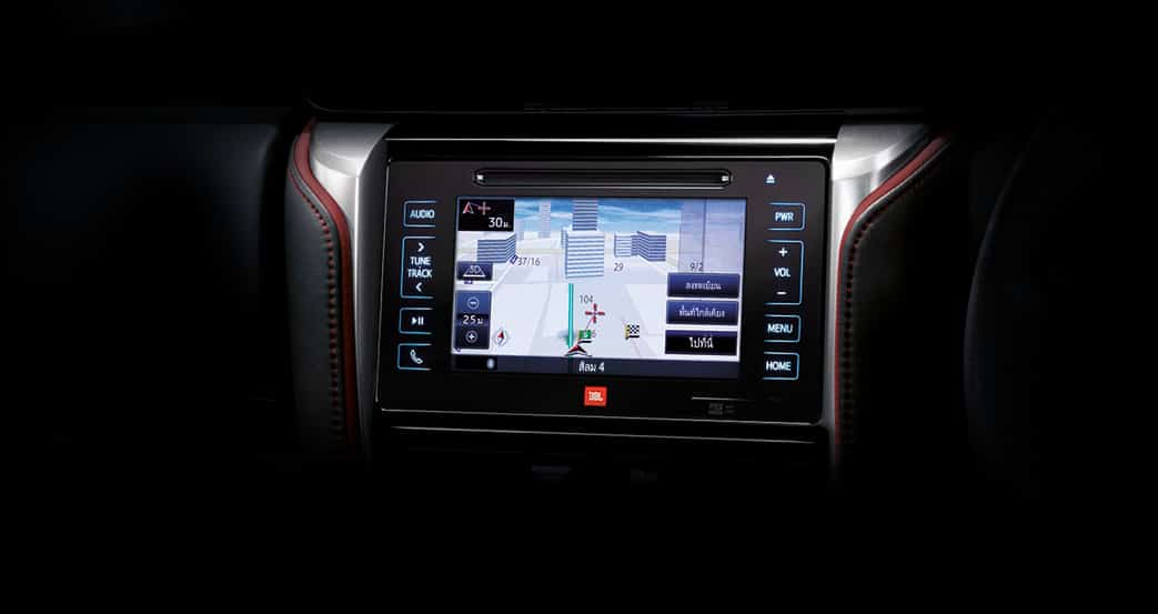 2016-Toyota-Fortuner-TRD-Sportivo-infotainment-system