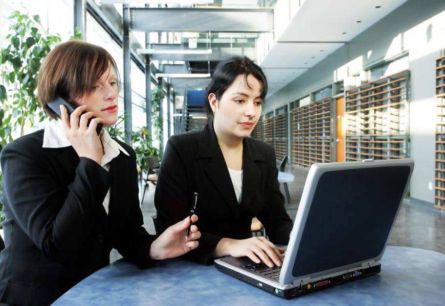 2_working_women-1-870x600