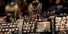 موظف يزور مستندات ويستولي على مجوهرات بقيمة فاقت 4 مليون درهم