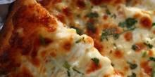 متجر The Cheese Board يتصدر قائمة أعلى المطاعم تصنيفًا في أمريكا