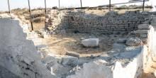 السلطات المختصة في الإمارات تعيد بناء معبد شمس