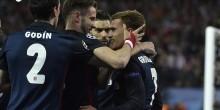 بالفيديو والصور: حامل اللقب برشلونة خارج الأبطال علي يد أتلتيكو مدريد
