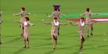 بالفيديو: مضيفات طيران الإمارات يبهرن الجماهير في ملعب كريكيت بالهند