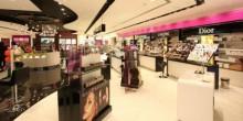 الإمارات تتصدر المراتب الأولى من حيث إنفاق الفرد على مستحضرات التجميل