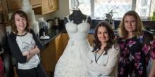 مصممة فستان زفاف مصنوع من الحلوى تجد صعوبة في بيعه بسبب وزنه الثقيل