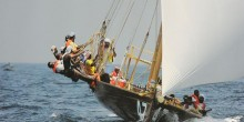 سباق القفال للسفن الشراعية التراثية