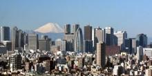 طفلة يابانية ترمي نفسها من الطابق 43 بعد أن حاولت الطيران