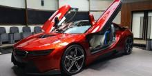 بالصور: النسخة الحصرية من سيارة BMW i8 في أبوظبي