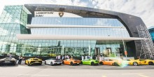 شاهد بالصور أكبر صالة عرض سيارات لامبورغيني في العالم بدبي