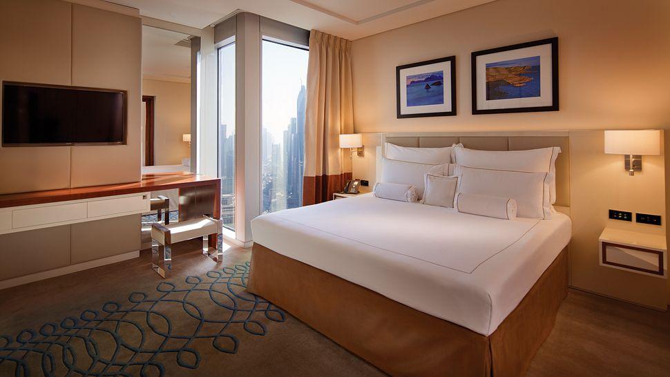 Jumeirah-Emirates-Tower-8