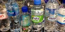 تحذيرات من شرب المياه المعلبة في الإمارات