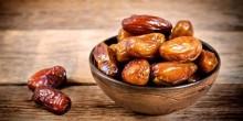 فوائد تناول التمر في رمضان على الشعر والبشرة