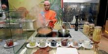 مفتشون سريون لمراقبة المطاعم في دبي خلال شهر رمضان