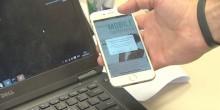 بالفيديو: كيف يمكن اختراق هاتفك المحمول وتشغيل الكاميرا دون أن تشعر