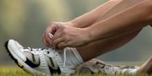 ماهي الطرق لإزالة الرائحة الكريهة من الحذاء؟