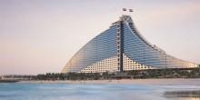 اكتشف أروع الشواطئ في إمارة دبي