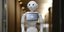 بالفيديو: أول متجر للروبوتات بالعالم في دبي