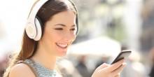 كثرة استعمال سماعات الأذن يؤدي إلى الإصابة بالصمم