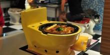 """بالصور: مطعم """"المرحاض"""" في إندونيسيا لرفع الوعي بالنظافة"""