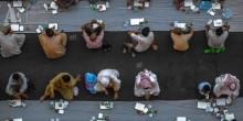 كيف يتم إعداد أكبر مائدة إفطار بالإمارات في جامع الشيخ زايد؟