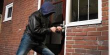 سجن عصابة سرقت ساعات بقيمة 800 ألف درهم من فيلا في دبي