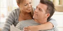 8 مؤشرات تدل أن زوجك بحاجة لاهتمامك أكثر