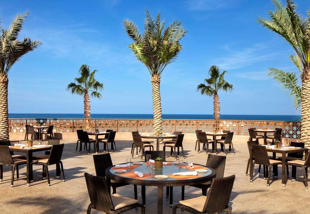 Sheraton-Sharjah-Beach-Resort--Spa-photos-Restaurant-Al-Qubtan-Terrace