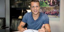 رسميا شالكة الألماني يتعاقد مع يفهين كونوبليانكا لاعب إشبيلية