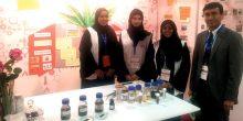ثلاث طالبات إماراتيات يخترعن مادة مضادة للصدأ من نفايات النخيل