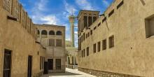 مسجد البستكية: منارة إسلامية عريقة تضيء مدينة دبي