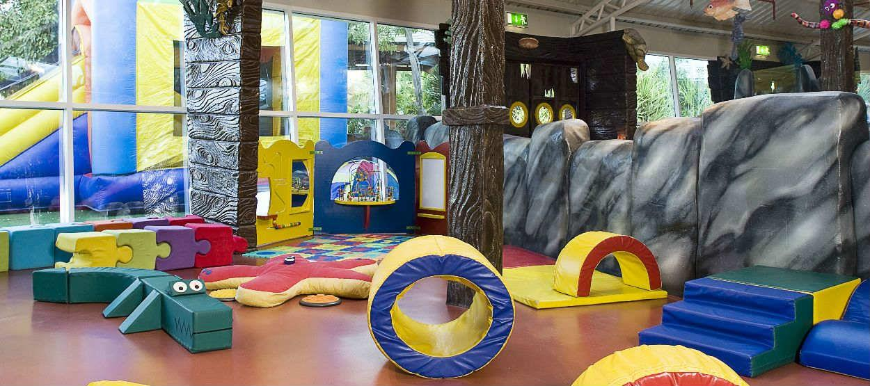 jumeirah-beach-hotel-sinbads-kids-club-soft-play-area-hero