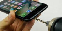 بالفيديو | عشرات يقعون في خدعة تتلف هاتف أيفون 7 الجديد
