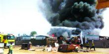 الدفاع المدني يخمد حريق سكن عمال في رأس الخيمة
