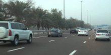 بالفيديو | هل يزعجك مشهد الذين يتجاوزونك عند الازدحام؟ هناك رادارات ستكشفهم في دبي
