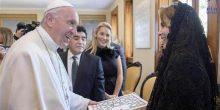 الأميرة هيا تبحث مع بابا الفاتيكان مسائل الإغاثة والعمل الإنساني