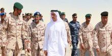 بالصور | سيف بن زايد يزور أحد مراكز تدريب القوات البرية